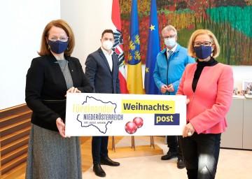 Von links nach rechts: Landesrätin Christiane Teschl-Hofmeister, Landtagsabgeordneter Bernhard Heinreichsberger, Christoph Kainz, Präsident des NÖ Zivilschutzverbandes, und Landeshauptfrau Johanna Mikl-Leitner