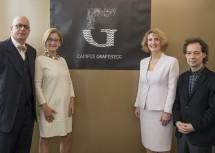 MIt dem neuen Logo: Leon Botstein, Landeshauptfrau Johanna Mikl-Leitner, Ulrike Sych und Marshall Marcus.