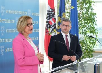 """Landeshauptfrau Johanna Mikl-Leitner und Finanzlandesrat Ludwig Schleritzko informierten zum """"NÖ Landes-Investitionspaket 2020"""""""