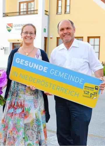 Bürgermeisterin Mag. Gudrun Berger (Furth bei Göttweig) und LH-Stv. Mag. Wolfgang Sobotka anlässlich des Besuches der Vorsorge Aktiv Gruppe. (v.l.n.r.)