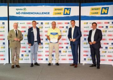 Sieger EPUs v.l.: Helmut Miernicki (ecoplus-Geschäftsführer), Franz Pichler (spusu-Geschäftsführer), Günter Braun (Safety GuBra e.U.), Sportlandesrat Jochen Danninger, Wolfgang Ecker (WKNÖ-Präsident)