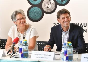 Wachau-Marathon 2017 präsentiert: Sport-Landesrätin Petra Bohuslav und Veranstalter Michael Buchleitner (v.l.n.r.)