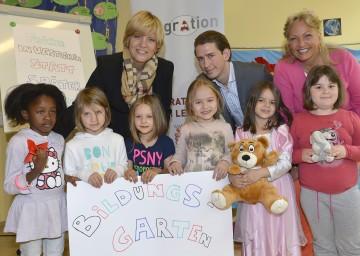 LR Schwarz und Staatssekretär Kurz informierten über ein neues Modellprojekt im Kindergartenbereich.
