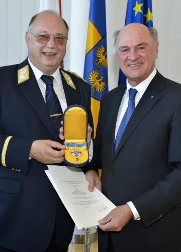 Hohes Ehrenzeichen des Landes Niederösterreich für Otto Pendl.