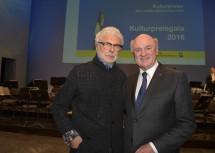 Gastredner André Heller und Landeshauptmann Dr. Erwin Pröll bei der Kulturpreisgala im Festspielhaus St. Pölten (v.l.n.r.)