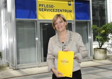 Expertinnen und Experten haben bereits mehr als 100.000 Mal geholfen: Landesrätin Mag. Barbara Schwarz informierte über die NÖ Pflegehotline