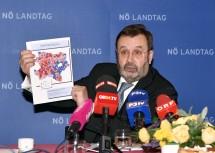 Landtagspräsident Ing. Hans Penz informiert über die Wahlbeteiligung bei der Landtagswahl 2018.