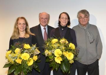 Erstes Dramatikerstipendium vergeben: Bettina Hering  (Künstlerische Leiterin Landestheater NÖ), Landeshauptmann Dr. Erwin Pröll, Preisträgerin Claudia Tondl und Schirmherr Peter Turrini (v.l.n.r.)