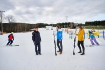 Die ersten Schwünge der neuen Ski-Saison fanden direkt nach der Pressekonferenz statt.