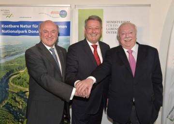 20 Jahre Nationalpark Donau-Auen: Landeshauptmann Dr. Erwin Pröll, Bundesminister DI Andrä Rupprechter, Bürgermeister Dr. Michael Häupl.