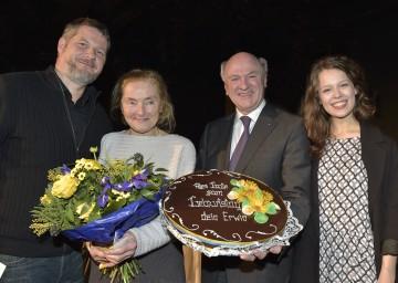 """Abend der Nominierten zum Österreichischen Filmpreis: Andreas Prochaska (Nominierung für \""""Beste Regie\"""" für \""""Das Finstere Tal\""""), Erni Mangold (Nominierung für \""""Beste weibliche Darstellerin\"""" in \""""Der letzte Tanz\""""), Landeshauptmann Dr. Erwin Pröll und Paula Beer (Nominierung für \""""Beste weibliche Darstellerin\"""" in \""""Das Finstere Tal\""""). (v.l.n.r.)"""