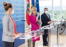 Geschäftsführerin Susanna Hauptmann, Landeshauptfrau Johanna Mikl-Leitner und Landesrat Ludwig Schleritzko stellten die neuen Schwerpunkte im Bereich aktive Mobilität vor.