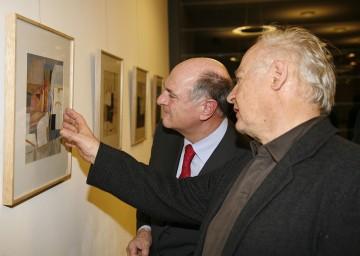 Im Beisein des Künstlers wurde im Konzerthaus Weinviertel in Ziersdorf eine Karl Korab-Ausstellung von Landeshauptmann Dr. Erwin Pröll eröffnet.