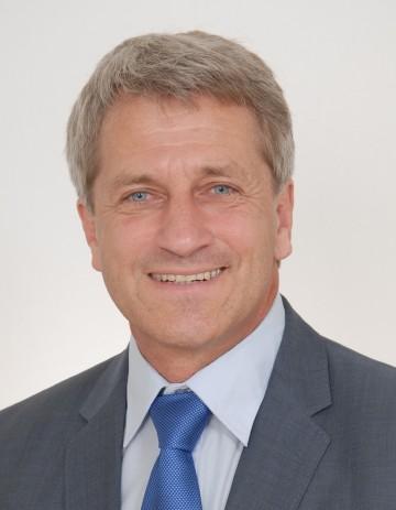 Wirkl. Hofrat DI Gerald Bogg ist mit sofortiger Wirksamkeit Leiter der Straßenbauabteilung in Waidhofen an der Thaya.