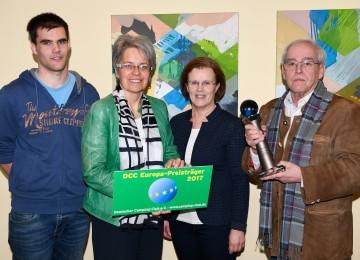 Familie Kaiser mit Tourismuslandesrätin Dr. Petra Bohuslav.
