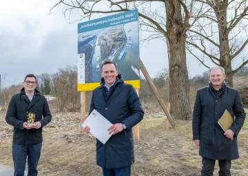 "Präsentierten den ""Melker Hafenspitz"" (v.l.): Bürgermeister Patrick Strobl, Landesrat Jochen Danninger und Vizebürgermeister Wolfgang Kaufmann"