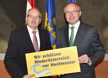v.l.n.r.: LAbg. Karl Moser und LH-Stv. Dr. Stephan Pernkopf