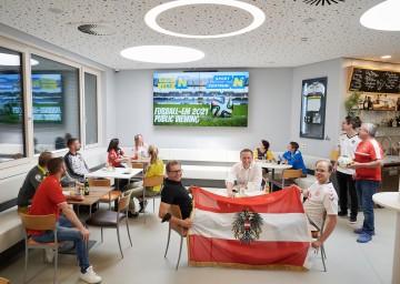 Sport-Landesrat Jochen Danninger und die Geschäftsführer des Sportzentrums Niederösterreich, Franz Stocher und Norbert Köck