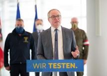 """LH-Stellvertreter Stephan Pernkopf informierte zu """"Niederösterreich testet""""."""