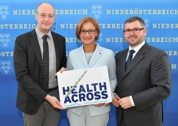 Healthacross: Francesco Zambon, WHO-Regionalleiter für Vernetzung in Europa, Landeshauptfrau Johanna Mikl-Leitner und Landesrat Ludwig Schleritzko (v.l.n.r.)