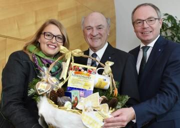 So schmeckt NÖ-Leiterin Mag. Christina Mutenthaler, Landeshauptmann Dr. Erwin Pröll, Landesrat Dr. Stephan Pernkopf