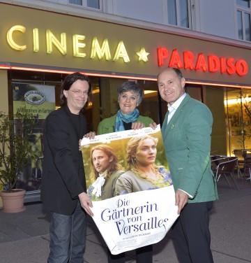 Von links nach rechts: Mag. Alexander Syllaba, Geschäftsführer Cinema Paradiso, DI Maria Auböck, Landschaftsarchitektin und Landeshauptmann-Stellvertreter Mag. Wolfgang Sobotka