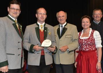 Ehrenpreisverleihung für NÖ Blasmusikkapellen durch Landeshauptmann Dr. Erwin Pröll.
