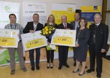 Vergabe des NÖ Innovation Award 2014: Dr. Andreas Loos (3. Platz), DI Dr. Michael Stur (2. Platz), Claudia Kolm (1. Platz), Landeshauptmann Dr. Erwin Pröll, accent-Geschäftsführer Mag. Michael Moll, tecnet-Geschäftsführerin DI Doris Agneter und Vizerektor O.Univ.-Prof. Dr. Josef Glößl. (v.l.n.r.)