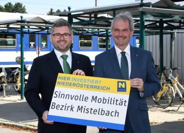 Straßenbau-Landesrat Ludwig Schleritzko und Verkehrs-Landesrat Karl Wilfing präsentierten Straßenbauvorhaben im Bezirk Mistelbach (von links nach rechts)
