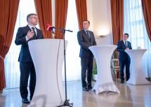 Bei der Pressekonferenz (v. l.): die Landesräte Schleritzko und Danninger sowie Bürgermeister Eisenschenk