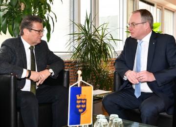 Arbeitsgespräch zwischen Minister Peter Hauk aus Baden-Württemberg und LH-Stellvertreter Stephan Pernkopf (v.l.n.r.)