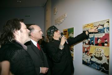 Landeshauptmann Dr. Erwin Pröll, Manfred Deix (links im Bild) und Gottfried Helnwein beim Rundgang im Anschluss an die Eröffnung der Donald Duck-Ausstellung im Karikaturmuseum Krems.