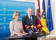 Pressekonferenz von Landeshauptfrau Johanna Mikl-Leitner und Landesrat Martin Eichtinger im NÖ Landhaus in St. Pölten.
