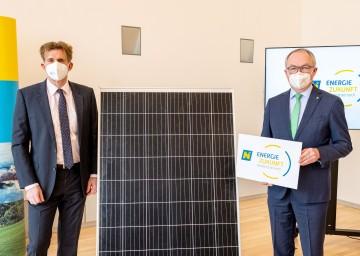 LHStv. Stephan Pernkopf und EVN-Vorstandsdirektor Franz Mittermayer gaben in St. Pölten die Gründung der Energie Zukunft Niederösterreich GmbH. bekannt (v. r. n. l.).