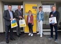 Bürgermeister Wolfgang Kocevar, Landesrat Martin Eichtinger, Frau Daniela Ionica Ba, Herr Paul Nanadescu und Stadtrat Christian Pusch