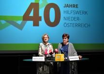 Pressekonferenz anlässlich 40 Jahre Hilfswerk Niederösterreich: Landeshauptfrau Johanna Mikl-Leitner und Präsidentin Michaela Hinterholzer (v.l.n.r.)