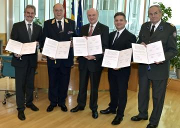 Landesrat Mag. Karl Wilfing, Präsident NR Otto Pendl, Landeshauptmann Dr. Erwin Pröll, Landesrat Ing. Maurice Androsch, Präsident Willi Sauer.