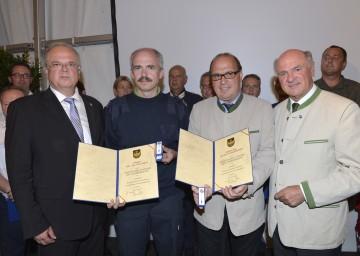 Danke an Hochwasser-Helfer in Krems: Bürgermeister Dr. Reinhard Resch, DI Paul Seitz, Ing. Anton Lasselsberger, Landeshauptmann Dr. Erwin Pröll (v. l. n. r.)
