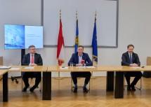 Finanz-Landesrat Ludwig Schleritzko, Wirtschafts-Landesrat Jochen Danninger und Wirtschaftsforscher Christian Helmenstein