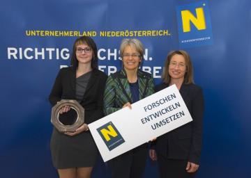 FTI-Programm 2020 präsentiert: Martina Nenning von der Ortner GmbH, Landesrätin Dr. Petra Bohuslav und Universitätsprofessorin Dr. Viktoria Weber, Vizerektorin der Donau-Universität Krems (v.l.n.r.)