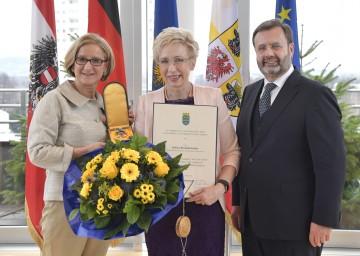 Landeshauptfrau Johanna Mikl-Leitner mit der Landtagspräsidentin von Mecklenburg-Vorpommern, Sylvia Bretschneider, und dem Präsidenten des niederösterreichischen Landtages, Hans Penz.
