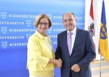 Sicherheitspakt: Landeshauptfrau Johanna Mikl-Leitner und Innenminister Wolfgang Sobotka (v.l.n.r.)