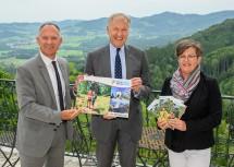 v.l.n.r. 2. Landtagspräsident Bgm. Gerhard Karner, EU-Landesrat Martin Eichtinger und Geschäftsführerin NÖ.Regional Christine Schneider