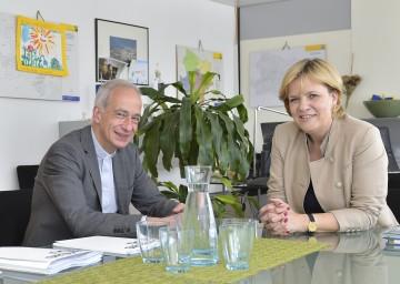 Zusammenarbeit von Caritas Wien und Land Niederösterreich: Caritas-Direktor Michael Landau und Sozial-Landesrätin Barbara Schwarz (v.l.n.r.)