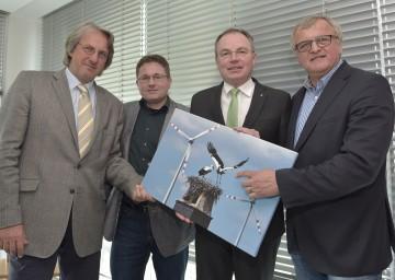 Windkraft-Zonenplan für Niederösterreich präsentiert: DI Thomas Knoll, Mag. Gerald Pfiffinger, Landesrat Dr. Stephan Pernkopf, Gerhard Heilingbrunner (v.l.n.r.)