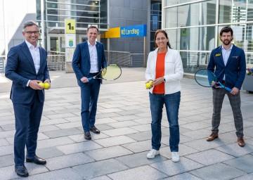 v.l.: ÖTV-Präsident Magnus Brunner, Sportlandesrat Jochen Danninger, NÖTV-Präsidentin Petra Schwarz, ÖTV-Sportdirektor Jürgen Melzer