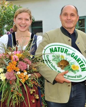 """Natürliche Herbstdekoration - """"Natur im Garten"""" gibt Tipps: Michaela Jud, Landeshauptmann-Stellvertreter Mag. Wolfgang Sobotka."""