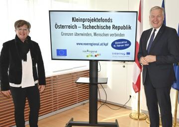 Geschäftsführerin Christine Lechner und Landesrat Martin Eichtinger.