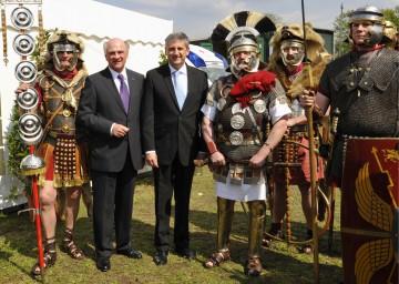 LH Dr. Erwin Pröll und Bundesminister Dr. Michael Spindelegger bei der heutigen Eröffnung der NÖ Landesausstellung 2011