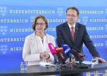Landeshauptfrau Johanna Mikl-Leitner und der St. Pöltner Bürgermeister Matthias Stadler präsentierten Schwerpunkte der Zusammenarbeit.